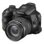 Fuji FinePix S6000fd – kamera kasvontunnistuksella