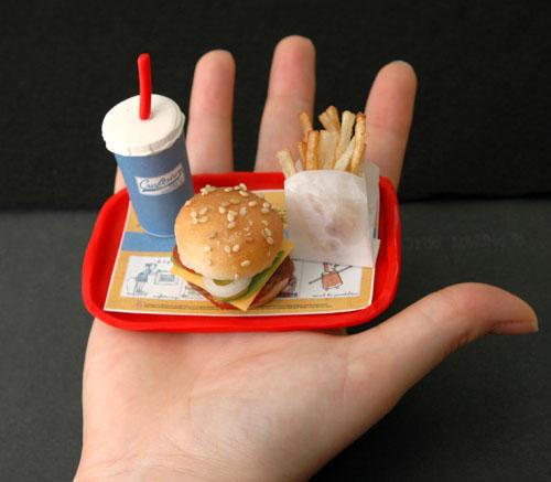 mini_meal_hand.jpg