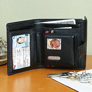 Lompakko digitaalisella valokuvakehyksellä