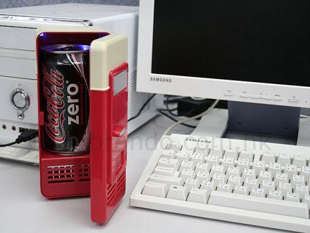 USB-minijääkaappi yhdelle juomatölkille