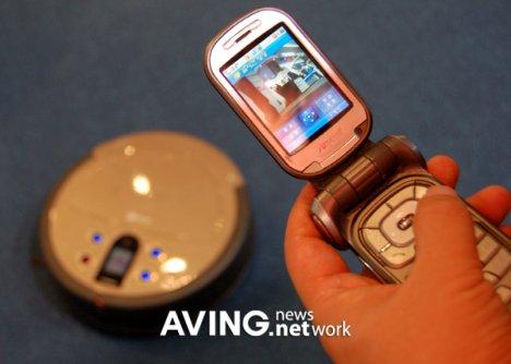 cellphone-robot-vacuum.jpg