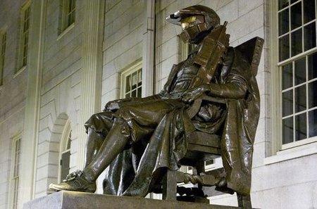 John P. Harvard muutettiin Haloksi