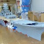 Mies rakentaa Legoista 100000 palan Battleship Yamato -pienoismallia