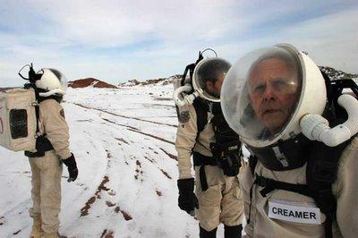 Mars matkojen harjoitusleirejä arktisella alueella ja autiomaassa