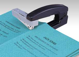 Mini Booklet Stapler on vertikaalinitoja