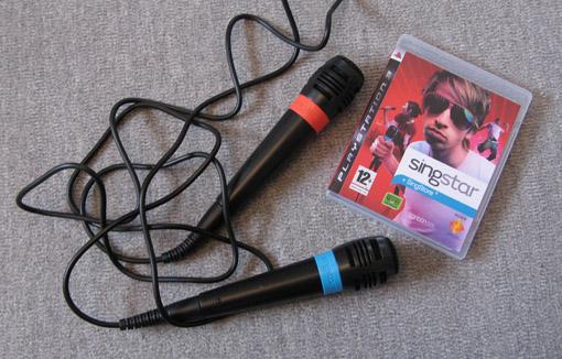 Playstation 3 Singstar - miksi hankkisit pelikonsoliisi mikrofonit?