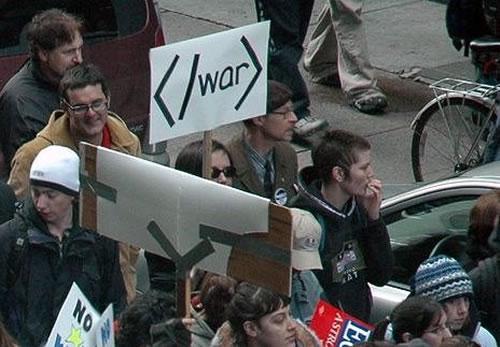 Nörtit mielenosoituksessa