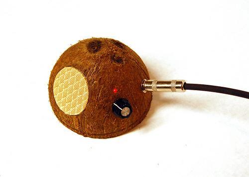 Vahvistin kookospähkinässä