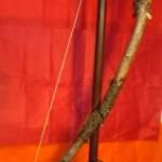 Tee-se-itse sähkökitara puunoksasta
