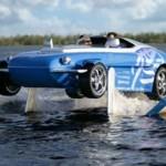 Rinspeed Splash – kantosiipialukseksi muuntuva amfibio-henkilöauto