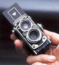 Rolleiflex MiniDigi AF5.0, perinteistä kameraestetiikkaa digitaalisessa muodossa