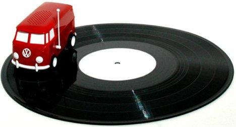 Hippifolkkari onkin levysoitin