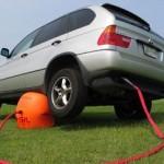 Exhaust Car Jack -tunkki toimii pakokaasulla