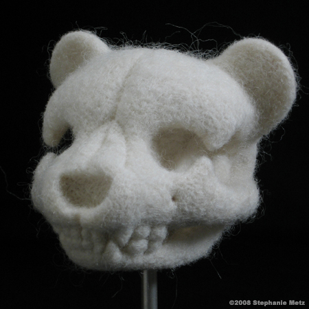 Teddykarhujen pääkalloja