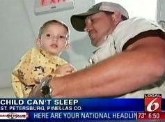 Kolmivuotias poika, joka ei ole ikinä pystynyt nukkumaat