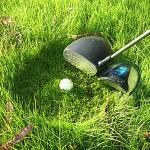 Big Daddy Draiveri leikkaa ruohot pöpelikköön päätyneen golf-pallon ympäriltä