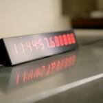 Maailman nopein kello näyttää ajan mikrosekunnin tarkkuudella