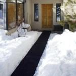 Heated Traction Mats – lämpiävät matot pitävät lumilapion autotallissa