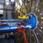 """Maailman suurin hiukkaskiihdytin LHC, eli """"Large Hadron Collider"""" käynnistetään huomenna"""