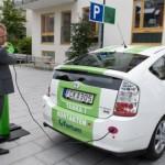 Norjassa sähköautojen pysäköinti ja lataaminen on kaupungilla ilmaista