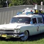 Aito Ghostbusters -auto Ecto-1 kaupan eBayssä