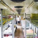 Junavaunuista väliaikasasuntoja Kiinan maanjäristyksen uhreille