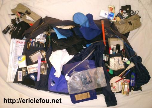Eric Le Fou eli hullu-Eric kantaa mukanaan 1300 esinettä ja on Guinnessin ennätysten kirjassa 1
