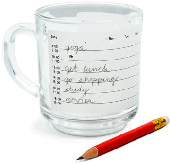 Juomalasi, johon voi kirjoittaa