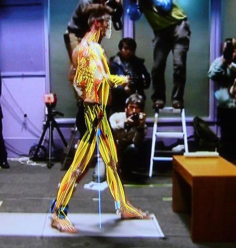 Magic Mirror mallintaa ihmisen lihakset reaaliajassa 2