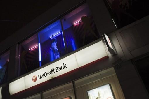 Stripparit houkuttelevat asiakkaista venäläispankkeihin 1