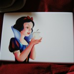 Snow White's Apple on MacBook -lumikki