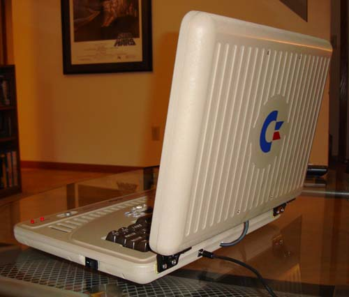 commodore_64_laptop_02