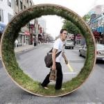 Kuinka kävellä kaupungin lävitse paljain jaloin nurmikolla?