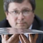 Brittitutkijat kehittivät paperinohuen, taipuvan kaiuttimen