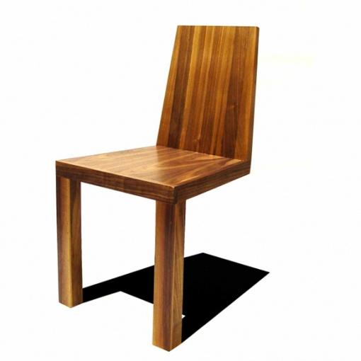 Shadow Chair uhmaa painovoimaa - vai uhmaako? 1