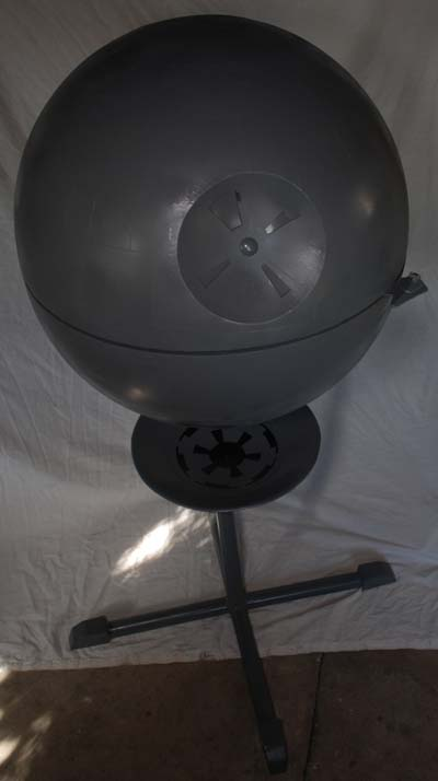 Death Star Grill on Kuolontähti-grilli 1