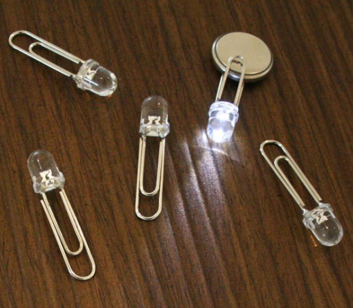 Sungho Lee: LED clip 2