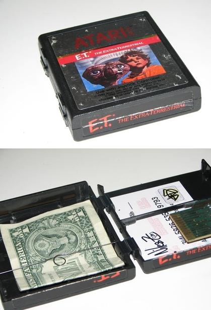 Atari wallet - ET the Extra Terrestrial, Atari-pelikasetti-lompakkoja