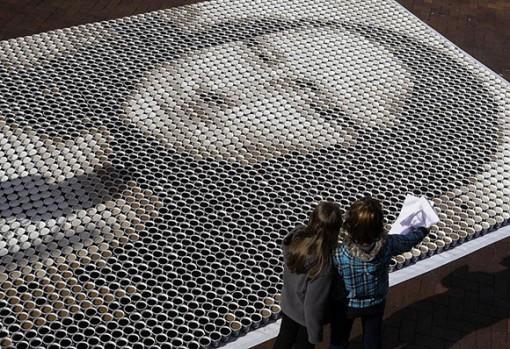 3604 kuppia kahvia = Mona Lisa