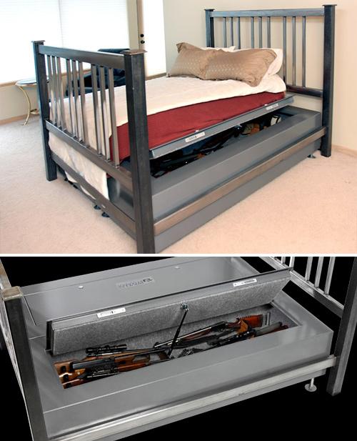 Bed Bunker -sängyn alle mahtuu 70 käsiasetta - jotta tuntisit olosi yöllä turvalliseksi