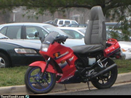 Uudenlainen moottoripyörän hybridi-istuin valloittaa maailmaa
