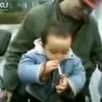 Nuorin tupakoija on 2-vuotias Kiinan Tianjinilainen