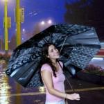 Anastacia Spadan X-Ray Umbrella kierrättää röntgenkuvat
