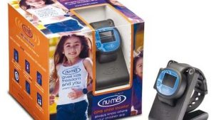 lok8u-num8-children-gps-tracking-watch-black[1]