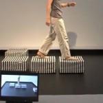 Liikkuva palikkalattia: virtuaalipelien tulevaisuutta?
