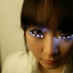 Suuremmat silmät LED-ripsillä?
