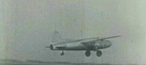 Heinkel He 178 ensilennollaan Erich Karl Warsitzn ohjaamana