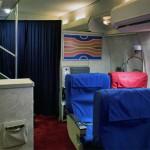 Anthony Toth rakensi 1970-luvun Pan Am -lentokoneen ensimmäisen luokan autotalliinsa 3