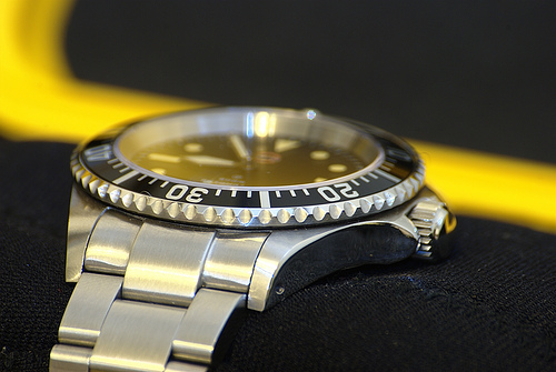 Review of MilSub-5517 e