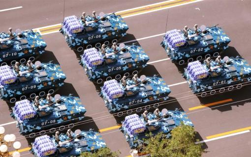 Kiinassa vietettiin 60-vuotispäivää värikkäissä tunnelmissa 4